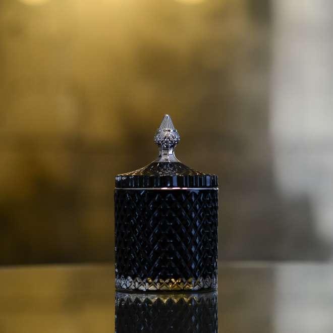 zvake-stikliniame-indelyje-juoda-sidabrine