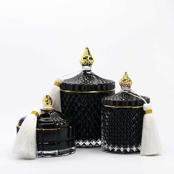 kvapiuju-zvakiu-rinkinys-juoda-3-zvakes